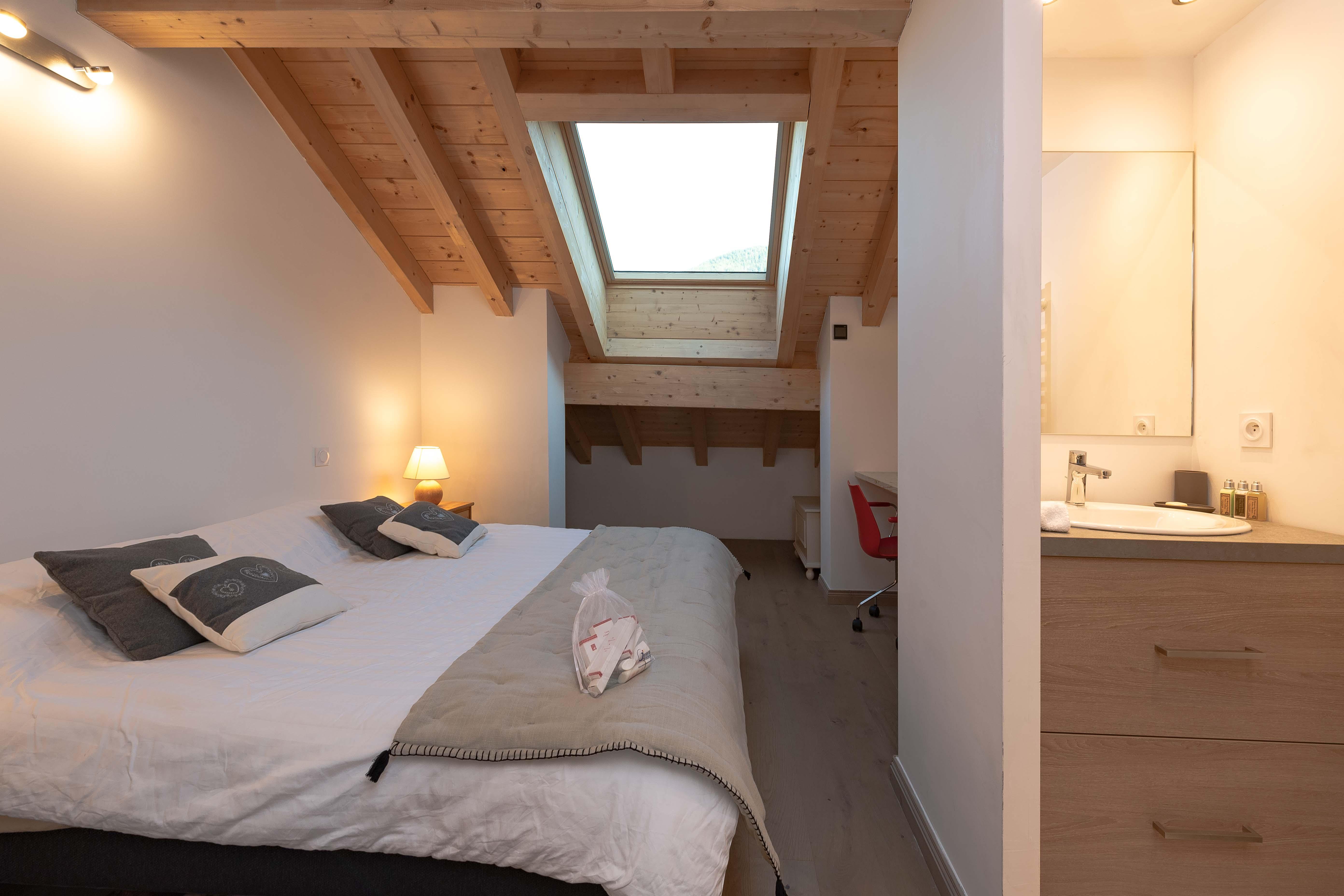 chambre double appartement sylvain